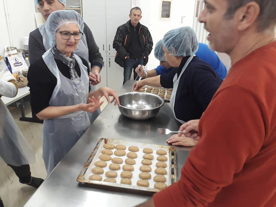 Φτιάχνουμε τα παραδοσιακά Χριστουγεννιάτικα γλυκά στην ΕΠΑΣ-ΟΑΕΔ